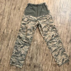 Camouflage Maternity pants in LNC